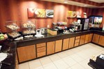 Отель Fairfield Inn and Suites by Marriott Winston-Salem Hanes Mall