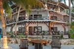Отель Beachfront Hotel Palapa de Lino
