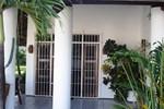 Отель Hospedaria Chez Nous