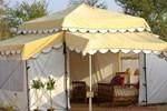 Отель Atithi Camp