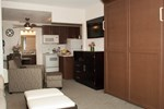 Отель Laguna Shores Studio Suites
