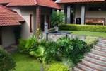 Апартаменты Villa Dewi Sri