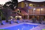 Отель Hotel Alpha Ville Chalés