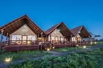 Отель Lake Ndutu Luxury Tented Lodge