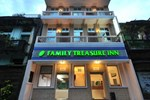 Отель Family Treasure Inn