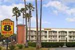 Отель Super 8 Motel - Bakersfield Central