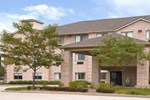 Отель Super 8 Motel - Avon Raceway Park Indianapolis Airport Area