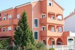 Апартаменты Apartments Mikanović