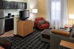 Отель TownePlace Suites Arlington Near Six Flags