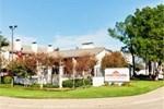 Отель Hawthorn Suites by Wyndham Arlington