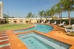 Отель Baymont Inn & Suites Alexandria