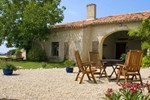 Апартаменты Holiday home Le Clozet Holiday Cottages