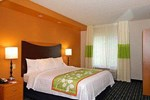 Отель Fairfield Inn & Suites Bedford