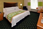Отель Fairfield Inn & Suites Wilmington Wrightsville Beach