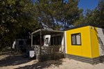 Отель Adriatic Kamp Mobile Homes Zaton