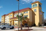 Отель La Quinta Inn & Suites Fort Worth-Northeast Mall