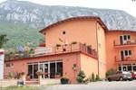 Гостевой дом Pensiune Safrane