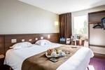 Отель Brit Hotel Le Castel