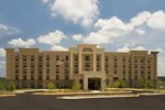 Отель Hampton Inn and Suites Fredericksburg South
