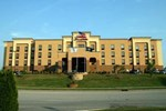 Отель Hampton Inn & Suites Louisville East