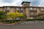 Отель Holiday Inn Express Portland East - Troutdale