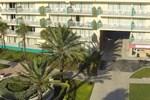 Отель Magnuson Hotel Clearwater Beach