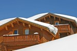 Three-Bedroom Villa Lodges Et Chalets Des Alpages 2