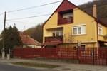Апартаменты Liliomfa vendégház