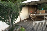 Апартаменты Appartement dans Villa, Roquebrune