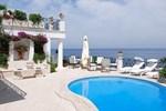 Villa in Punta Caruso