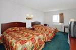 Отель Econo Lodge East