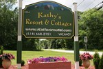 Kathy's Resort & Two-Bedroom Chalet - Cabin E