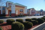 Отель Holiday Inn Express Hotels Cloverdale (Greencastle)