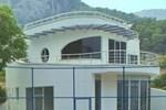 Вилла Racket House