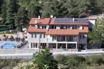 Отель Livadia Hotel Kyperounta