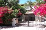 Апартаменты RedAwning Mediterranean Style Villa