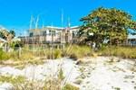 Апартаменты RedAwning Beachcomber