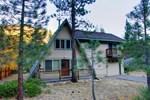Апартаменты RedAwning Bear Necessities Cabin
