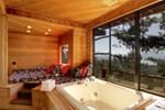 Апартаменты RedAwning Ledge Lakeview Lodge
