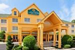 Отель La Quinta Inn & Suites Cookeville