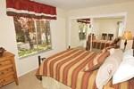 RedAwning Ala Wai Boulevard Apartment 10
