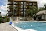 Отель Baymont Inn & Suites Clearwater