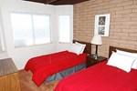 RedAwning Ala Wai Boulevard Apartment 25