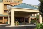 Отель Courtyard Columbus Airport
