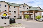 Отель Days Inn & Suites Castle Rock