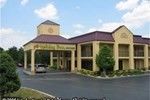 Отель Holiday Inn Express Hotel & Suites CLINTON (I-75 EXT 122 HWY 61)