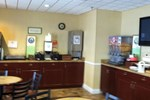 Отель Country Inn & Suites - Fredericksburg South