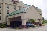 Отель Hampton Inn Cleveland Airport