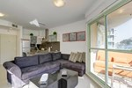 3 Balconies Bugrashov Apartment - Comme à la Maison
