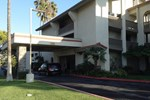 Отель Ramada Carlsbad By The Sea
